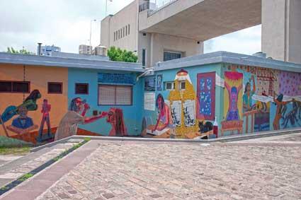 Mural La Boca a contraluz